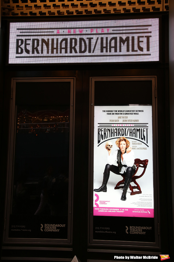 Up On The Marquee: BERNHARDT/HAMLET Arrives on Broadway