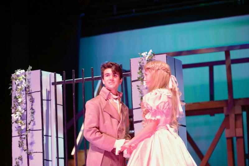 BWW Previews: 'Don't Look Down' and miss out on LES MISERABLES at Columbia Theatre
