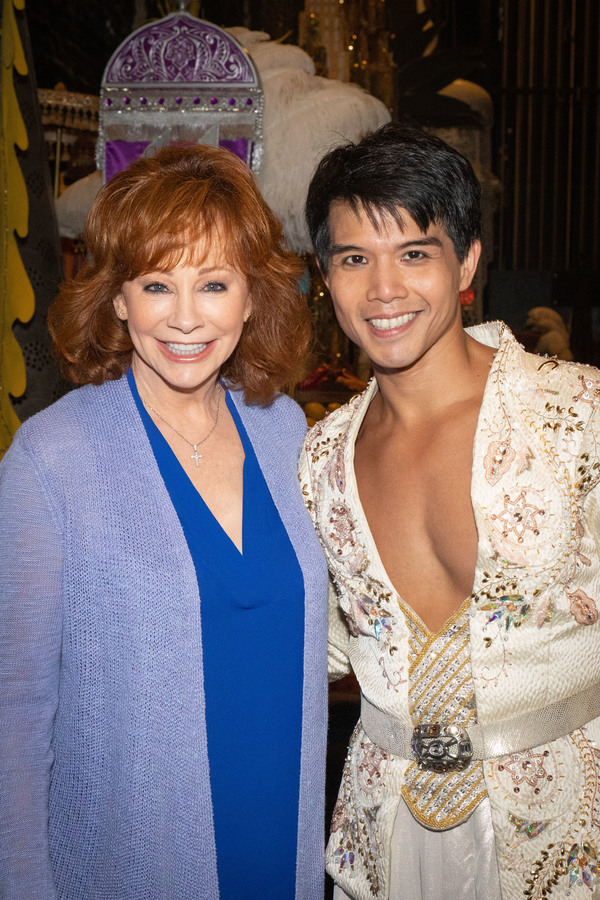 Photo Flash: Reba Catches a Magic Carpet to Visit ALADDIN