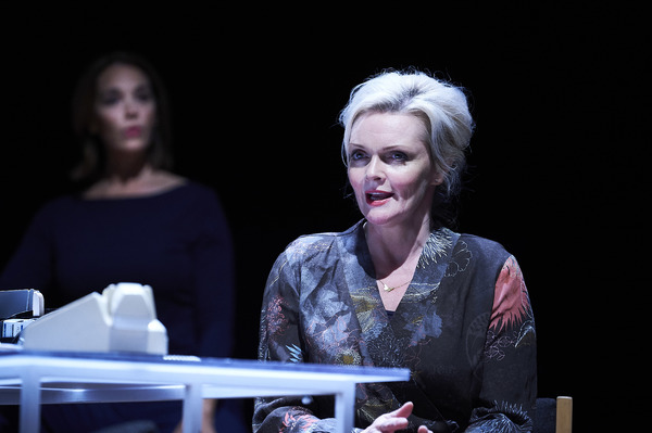 Photo Flash: First Look at the Tour of STILL ALICE