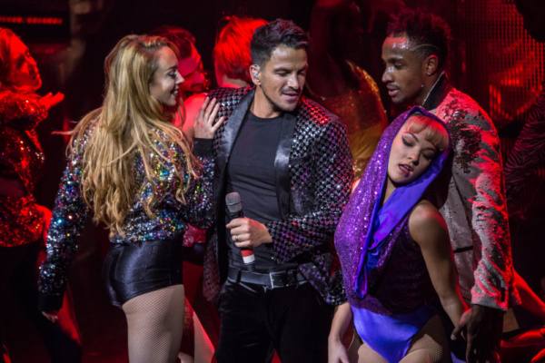 Photo Flash: Peter Andre Makes Guest Appearance at THRILLER LIVE's 4,000th Performance