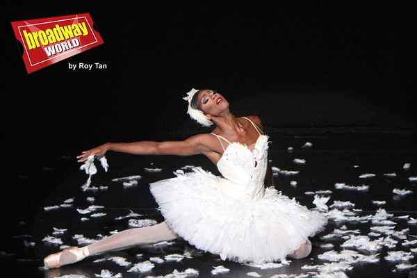 Photo Flash: Exclusive Look at All-Male Comedy Ballet Co Les Ballets Trockadero de Monte Carlo