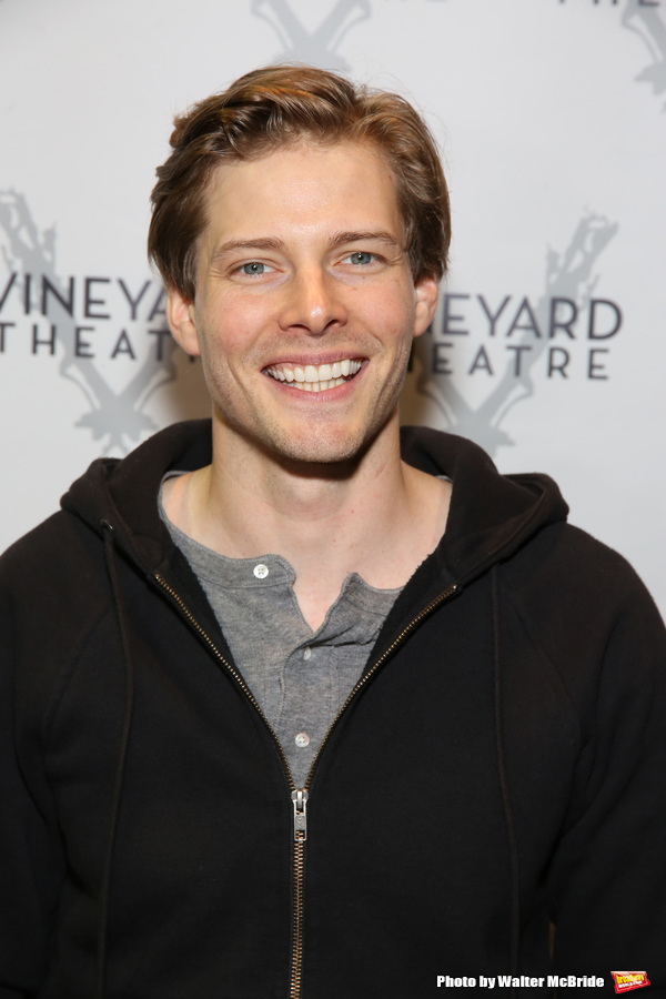 Photo Coverage: The Cast of Vineyard Theatre's GOOD GRIEF Meets the Press