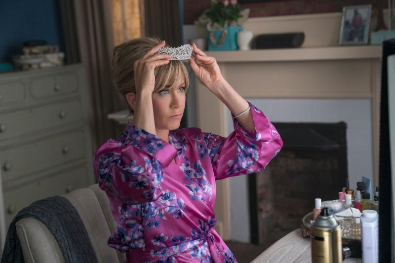 BWW Previews: Netflix Sets DUMPLIN' Premiere Date!  (And first look at Jennifer Aniston as Rosie Dickson!)