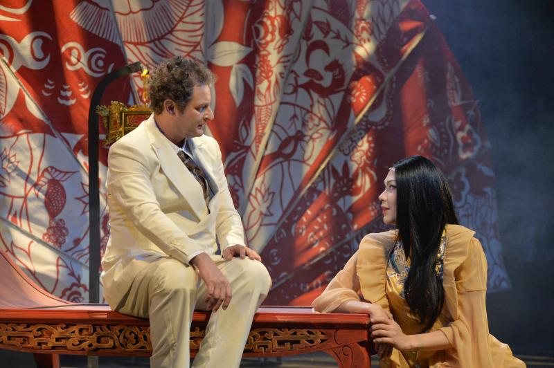 BWW Review: Three Decades Later, M. BUTTERFLY Still Beguiles, Shocks