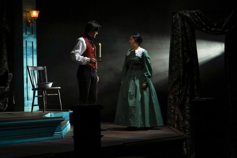 BWW Review: Book-It's JANE EYRE Has Fire but Lacks Passion