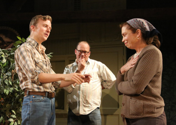 Dan Prior as Roy, Richard Jay Sullivan and Maura Hanlon as Helen Bechdel. Photo