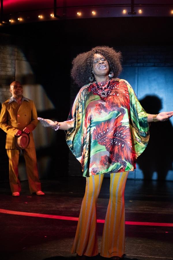 Effie White (TANIKA BAPTISTE) performs in Berkeley Playhouse's production of Dreamgi Photo