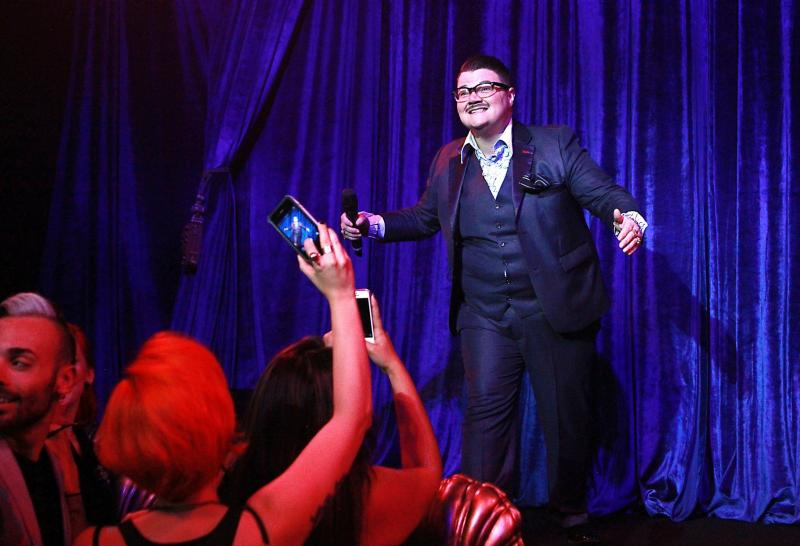 BWW Feature: A Specifically Not Specific Murray Hill Makes His Solo Debut
