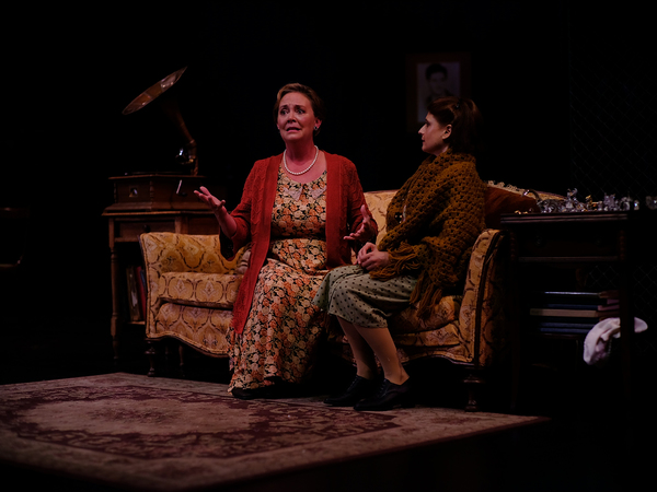 Photo Flash: Flat Rock Playhouse Presents THE GLASS MENAGERIE