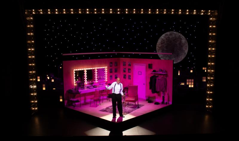 BWW Review: SATCHMO AT THE WALDORF --Ninety Minutes with a Legend--at Le Petit Theatre