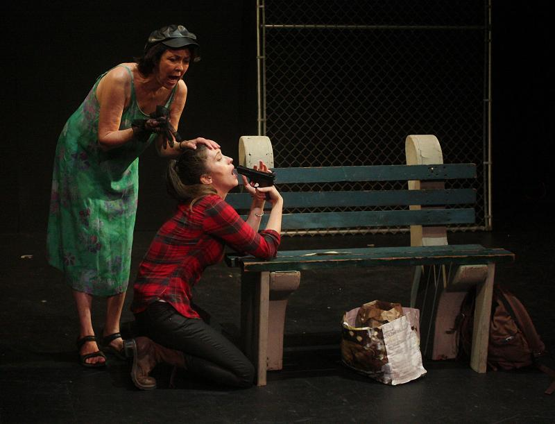 BWW Review: A FLOCK OF MACAWS WITH FLYING THE COOP A MAJOR THEME at Theatre 68