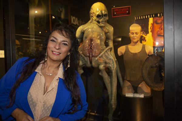 "Big Bang Theory's Alice Amter with ""Alien Resurrection"" props Photo"