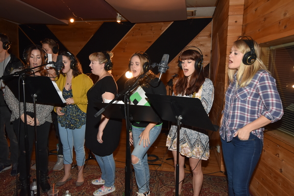 Meryn Beckett, Mia Gentile, Christy Farber, Blair Goldberg, Julia McCellan and Carrie St. Louis
