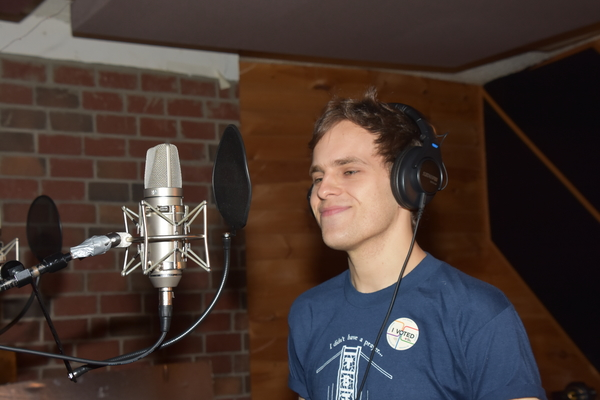 Exclusive Photos: Taylor Trensch and Cast of DEAR EVAN HANSEN Hear the Bells for Carols For A Cure!