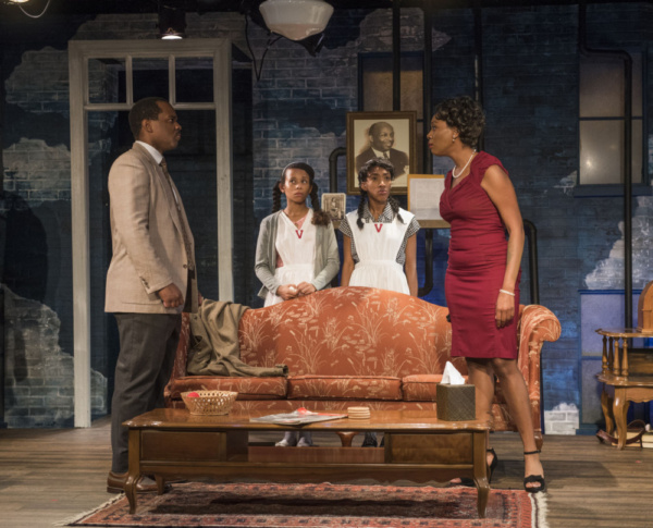 Photo Flash: First Look at Raven Theatre's CRUMBS FROM THE TABLE OF JOY