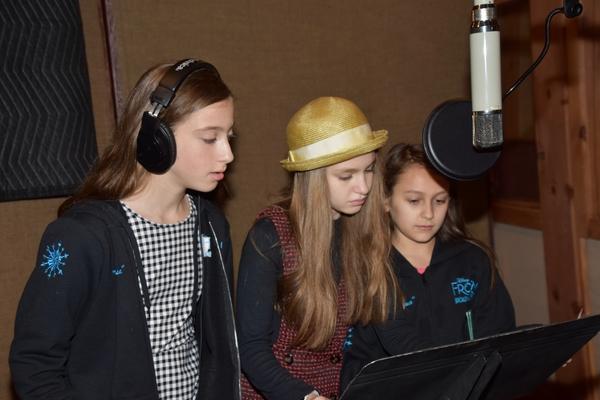 Ayla Schwartz, Mimi Ryder and Zoe Glick