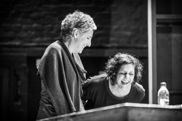 Photo Flash: In Rehearsal with Meera Syal, Tamsin Greig, and the Company of PINTER THREE