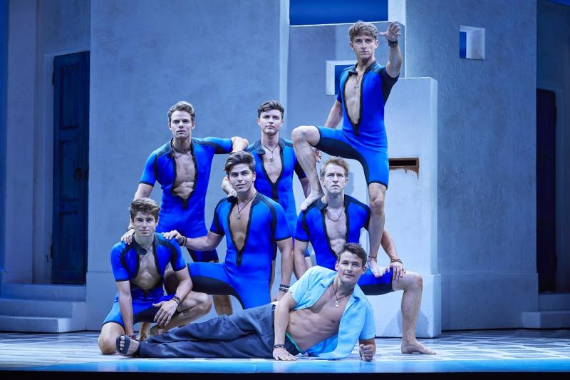 BWW Review: MAMMA MIA! International Tour Successfully Connects the Dots