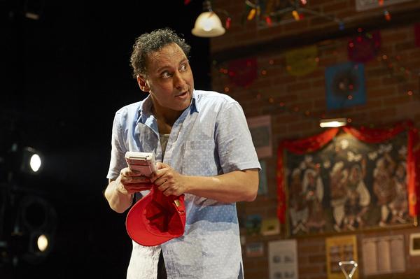 Photo Flash: First Look at Aasif Mandvi in SAKINA'S RESTAURANT