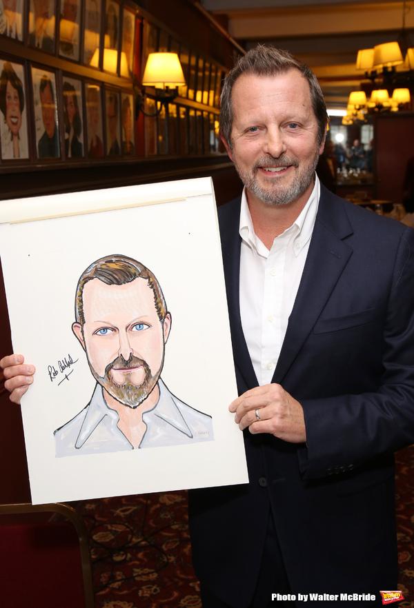 Photo Coverage: Rob Ashford Receives Portrait at Sardi's