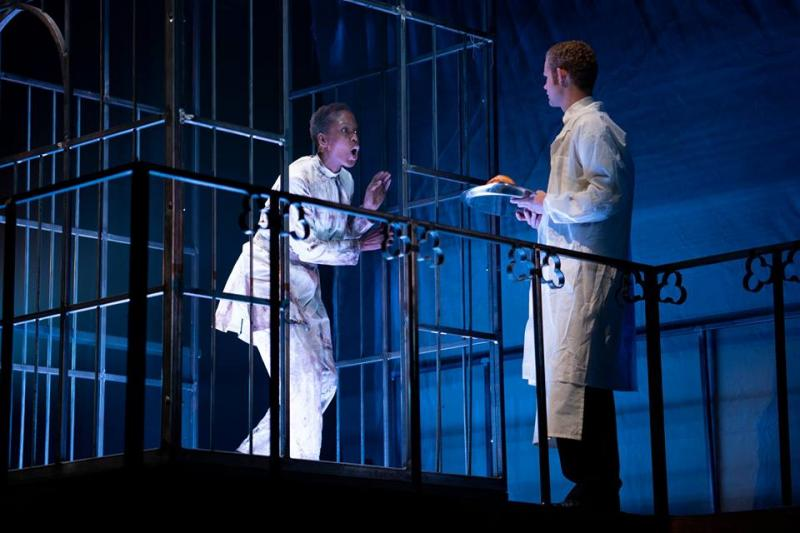 BWW Review: DRACULA: A SONG OF LOVE AND DEATH at Spencer Theatre At UMKC (with KCAT)