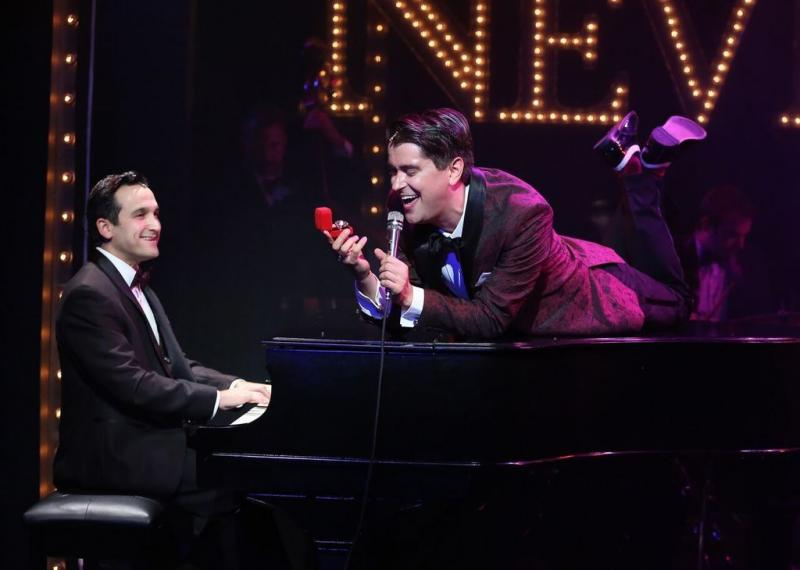 BWW Review: Mark Sonnenblick's Superb MIDNIGHT AT THE NEVER GET Mixes Song, Romance and Resistance