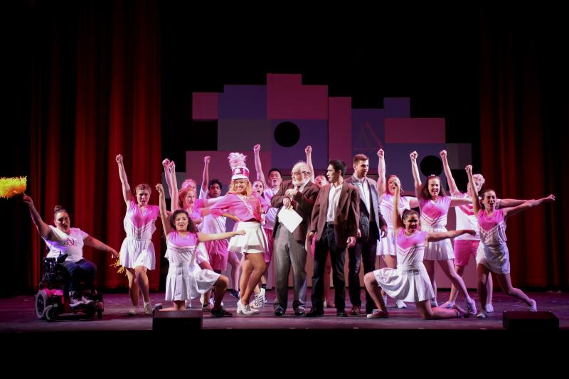 BWW Review: SMT's LEGALLY BLONDE Could Be 'So Much Better'