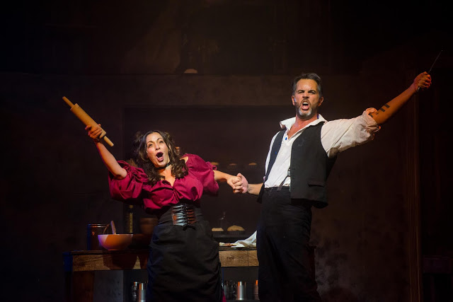 BWW Review: Media's SWEENEY TODD: Shave and a Haircut 2 Slits!