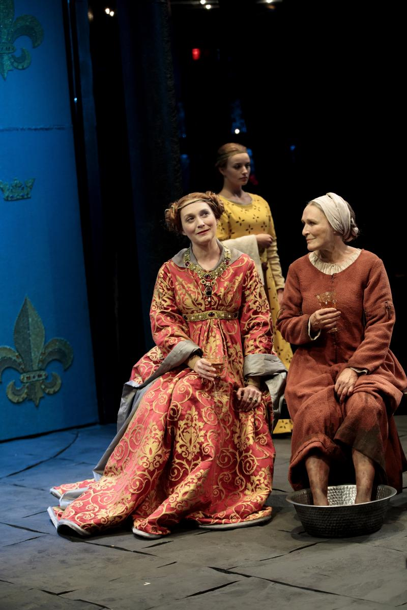 BWW Review: Glenn Close is Joan of Arc's Bewildered Mom in Jane Anderson's MOTHER OF THE MAID