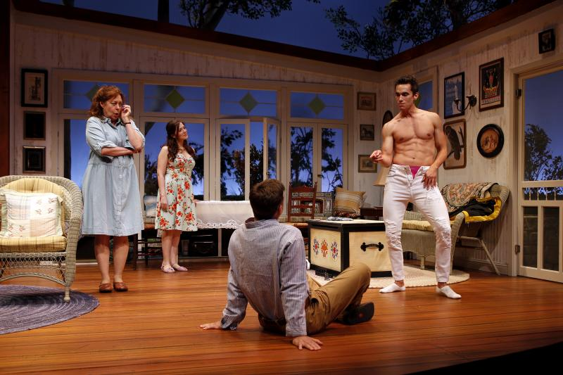 BWW Review: VANYA AND SONIA AND MASHA AND SPIKE Brings Sibling Hilarity to South Coast Repertory
