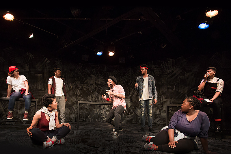 BWW Review: THE FALL at Studio Theatre Must Be Seen