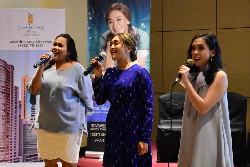 Video: International Premiere Cast of WAITRESS Previews 'A Soft Place To Land'