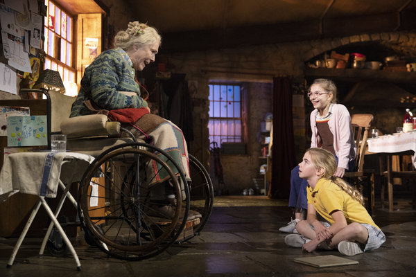 Photo Flash: Check Out New Images from THE FERRYMAN- Opens Sunday