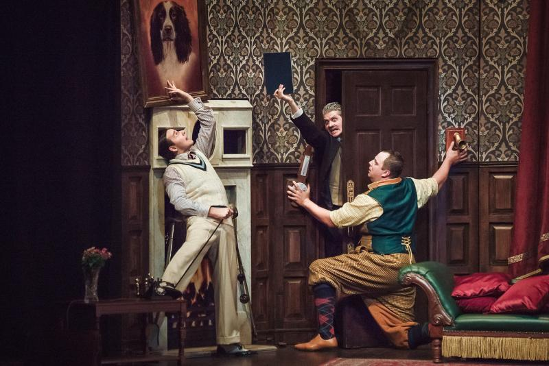 BWW Review: THE PLAY THAT GOES WRONG at Moscow Palace Of Youth - It Went Right!