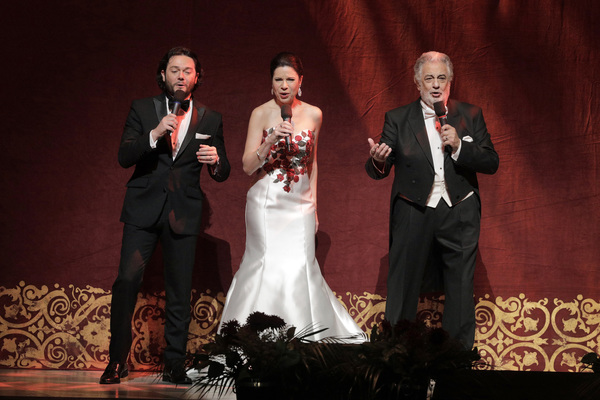 Placido Domingo, Ana Maria Martinez and Arturo Chacon-Cruz  Photo