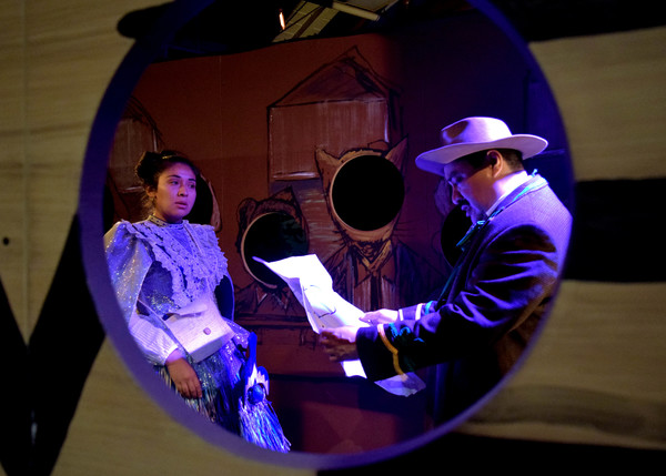 Espiritu (Marta Portillo) and Eugenio Plummer (Richard Azurdia)