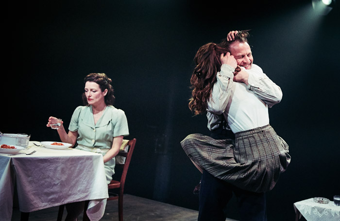 BWW Interview: Mike Tweddle Talks BEAUTIFUL THING and Plans For Tobacco Factory Theatres