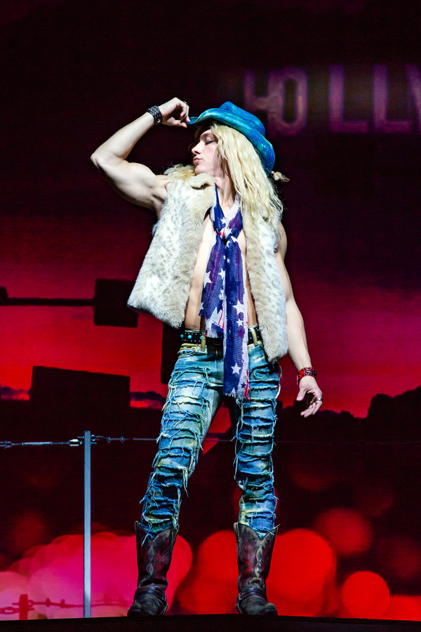 Photo Flash: First Look at ROCK OF AGES National Tour