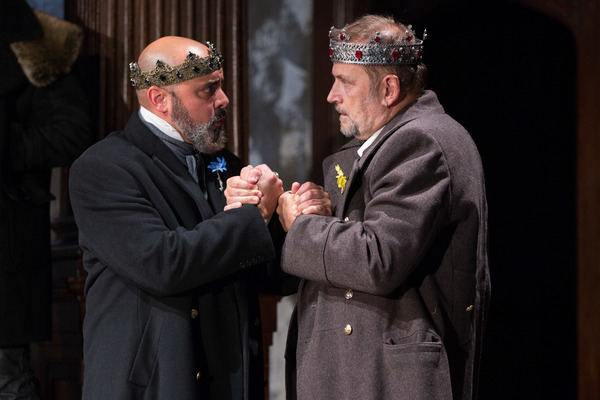 Photo Flash: First Look at Folger Shakespeare's KING JOHN