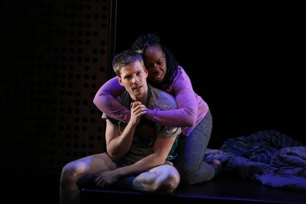 Ngozi Anyanwu and Hunter Parrish