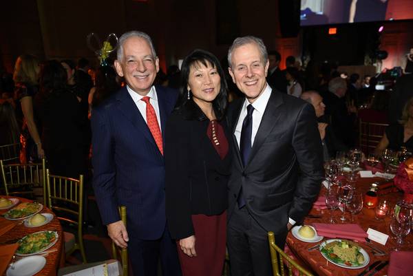 Steven J. Corwin, MD, and event chairs Tina Swartz and Steve Swartz