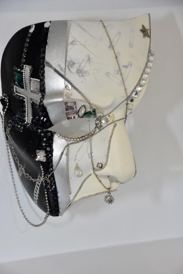Photo Coverage: 30 Designers Show Off PHANTOM OF THE OPERA Masks