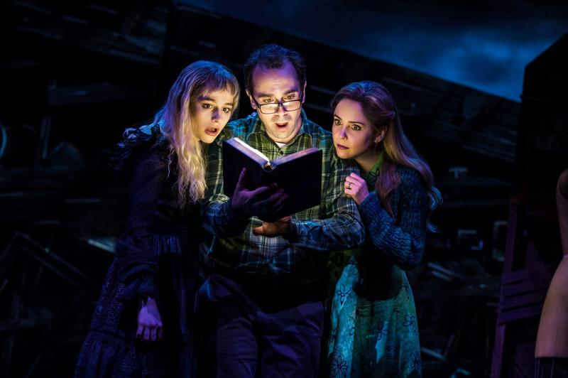 BWW Interview: Rob McClure & Kerry Butler Are Stuffing Their Bag of Tricks for an Outrageously Wild BEETLEJUICE on Broadway