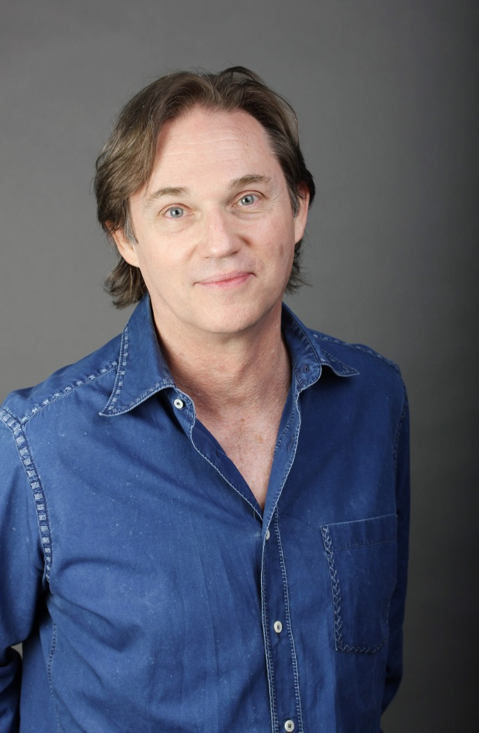 Richard Thomas Stars in A MUSICAL CHRISTMAS CAROL at the CLO