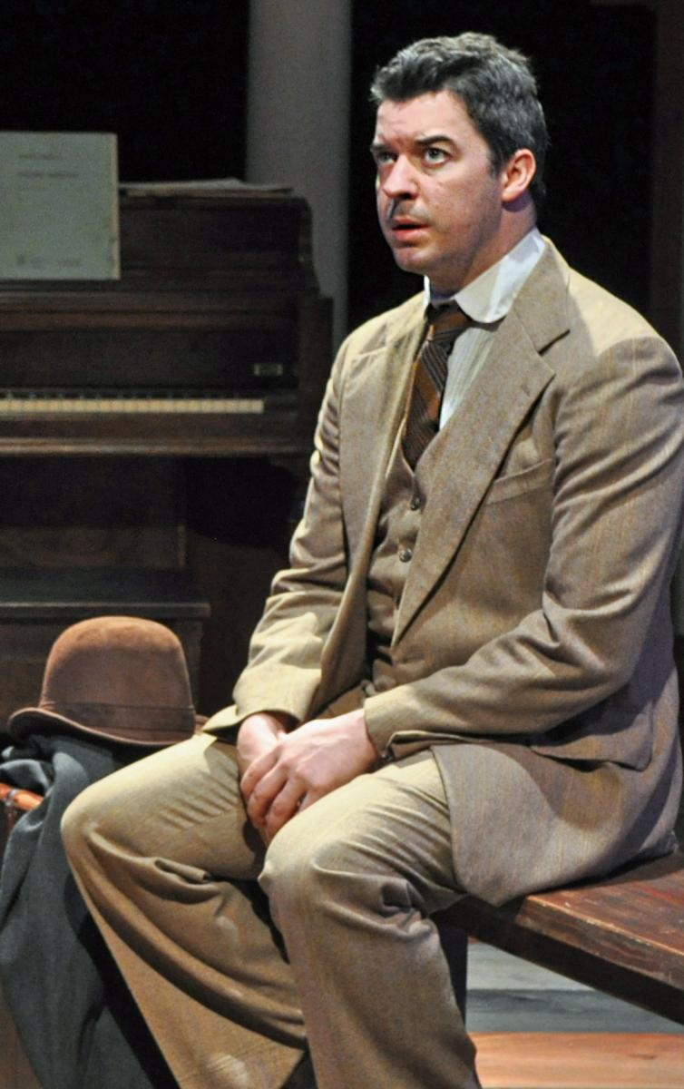 BWW Previews: THE ORPHANS' HOME CYCLE at Metropolitan Ensemble Theatre