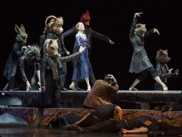 BWW Review: Vespers – A Woven Tapestry of Sound and Movement by the Royal Winnipeg Ballet at the National Arts Centre in Ottawa