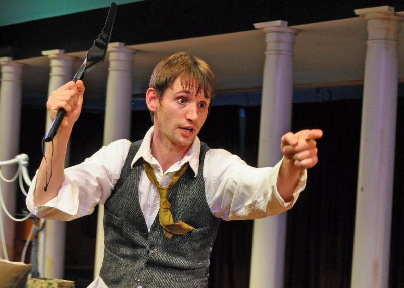 BWW Review: THE ORPHANS' HOME CYCLE at Metropolitan Ensemble Theatre