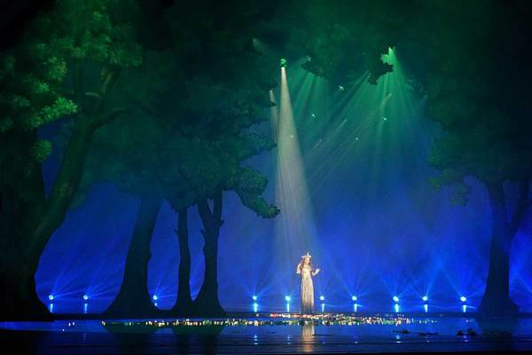 Get a First Look of HYMN: Sarah Brightman In Concert from Fathom Events, in Theaters Today