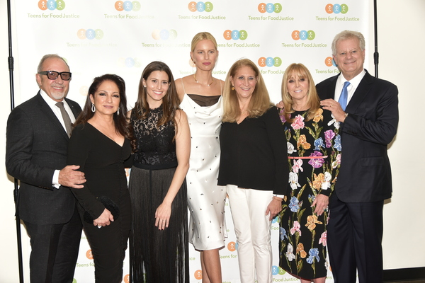 Emilio Estefan, Gloria Estefan, Tara Smith Swibel, Karolina Kurkova, Katherine Soll, Iris Smith, Michael Smith  photo by Rob Rich/SocietyAllure.com ©2018 robrich101@gmail.com 516-676-3939